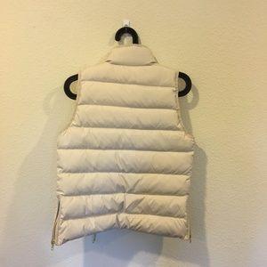 J. Crew Jackets & Coats - NWT J. Crew mountain puffer vest